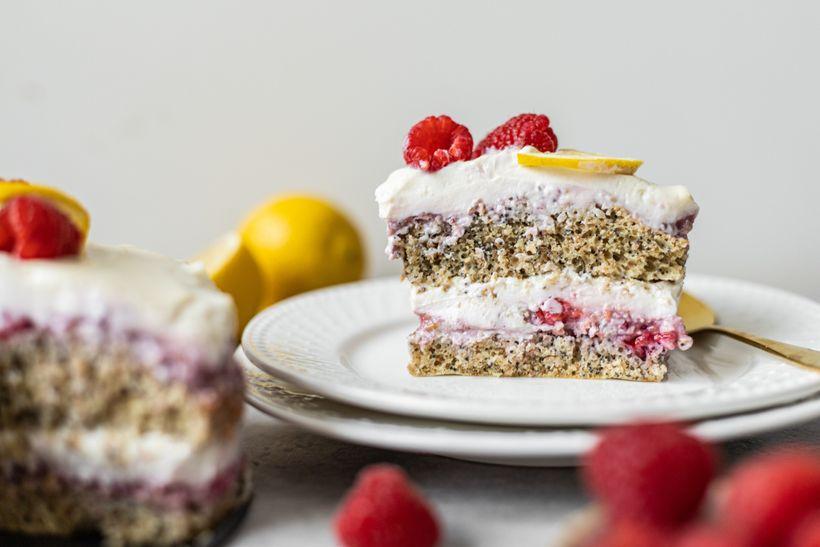 Nebe v hubě: Šťavnatý citrónovo-malinový dort potěší i dietáře