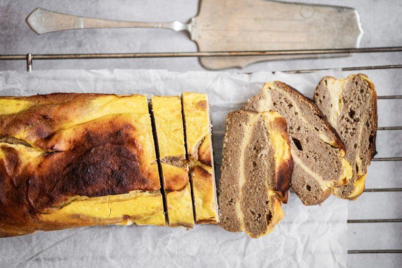 Banánový chlebíček plněný krémem