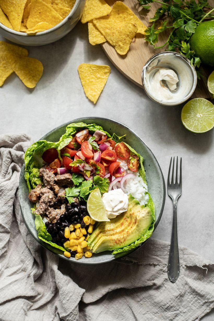 Zdravý oběd nebo večeře: schutí Mexika: Burrito bowl