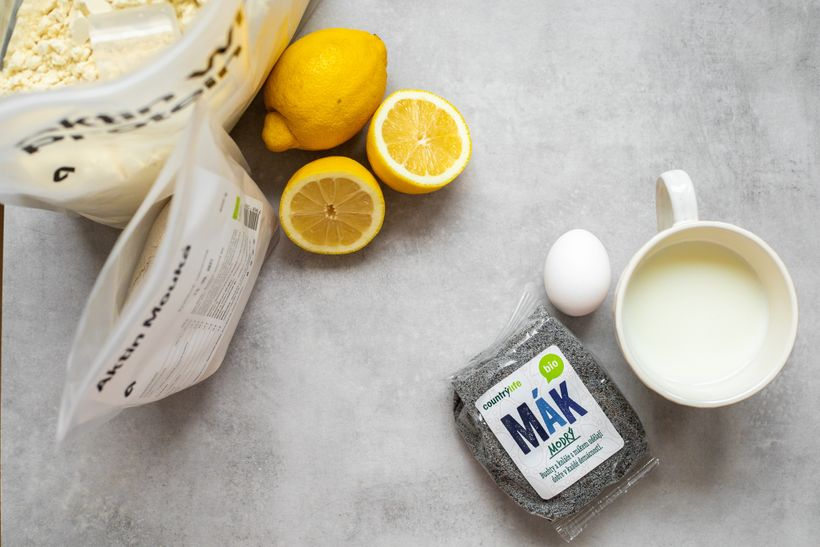 Zdravá snídaně: Šťavnaté citrónovo-makové palačinky
