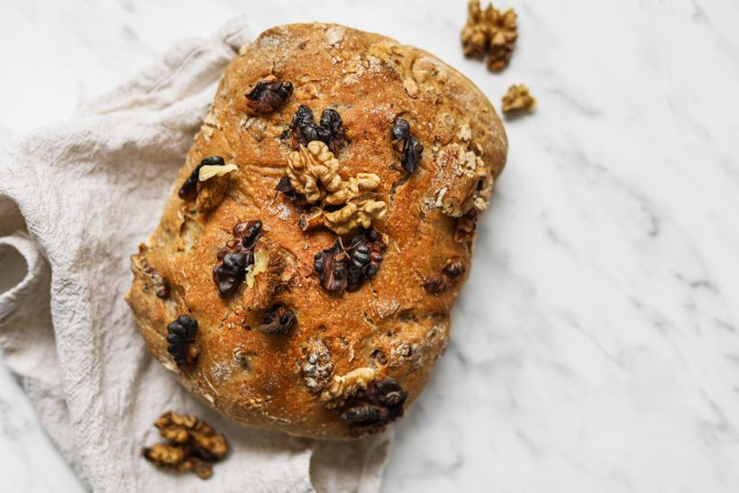 Jednoduchý recept na domácí kváskový chléb sořechy