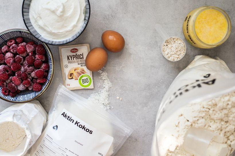 Šťavnatý jogurtový koláč za pár kalorií