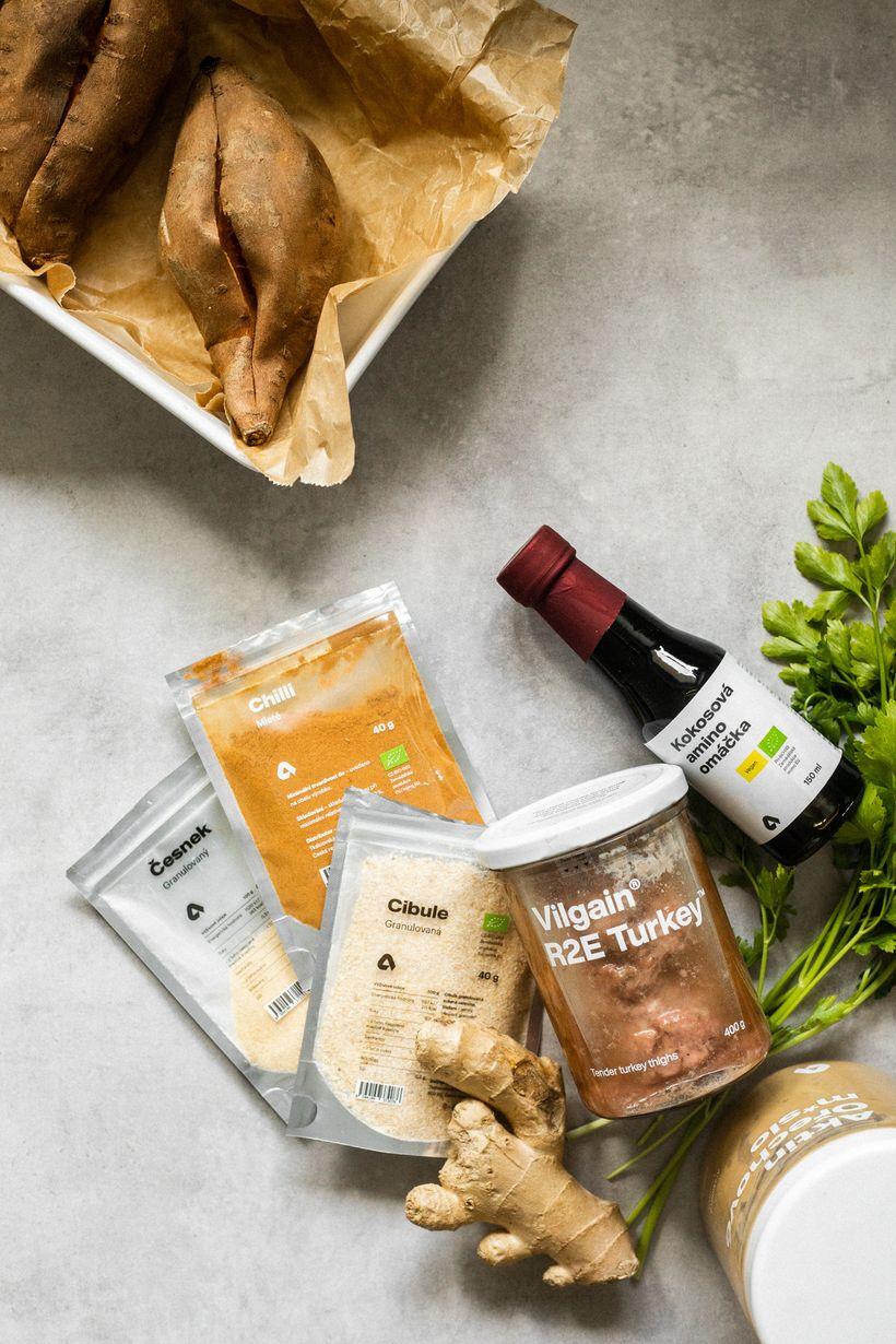 Rychlý azdravý oběd: Batáty plněné krůtím vasijské marinádě
