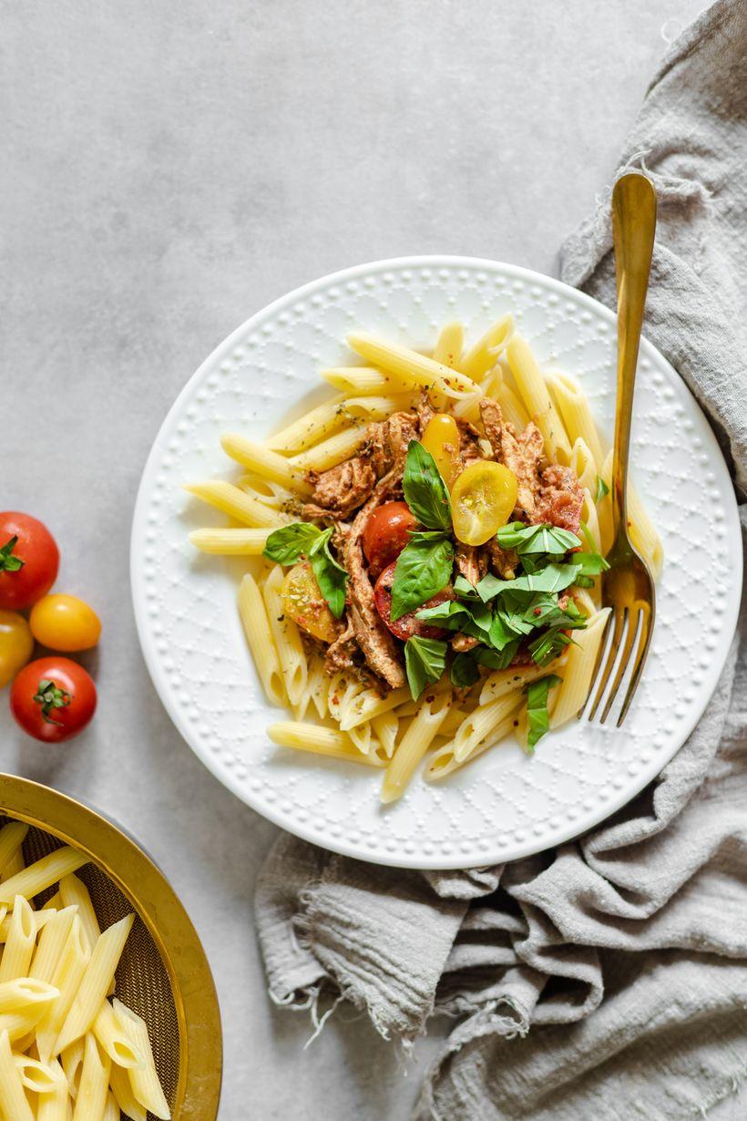 Lehké těstoviny srajčatovo-ricottovou omáčkou