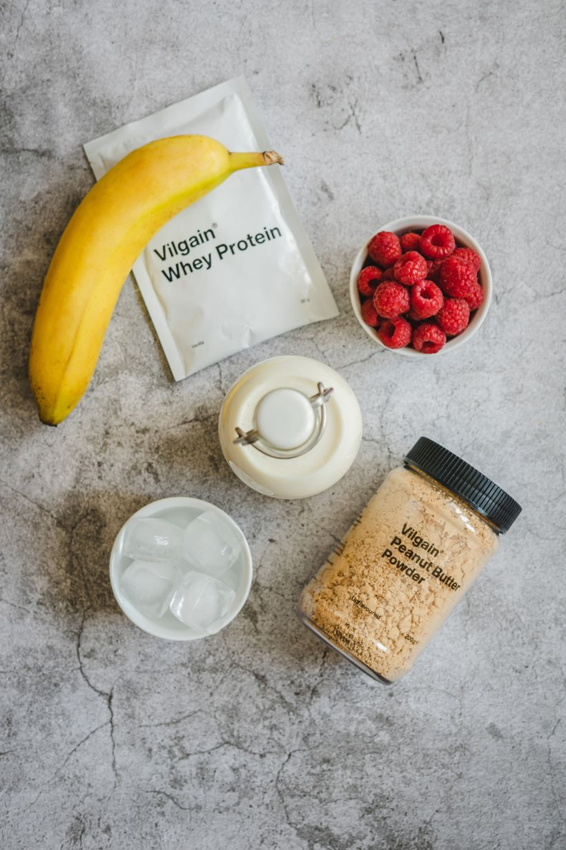 Proteinový Peanut Butter Shake smalinami