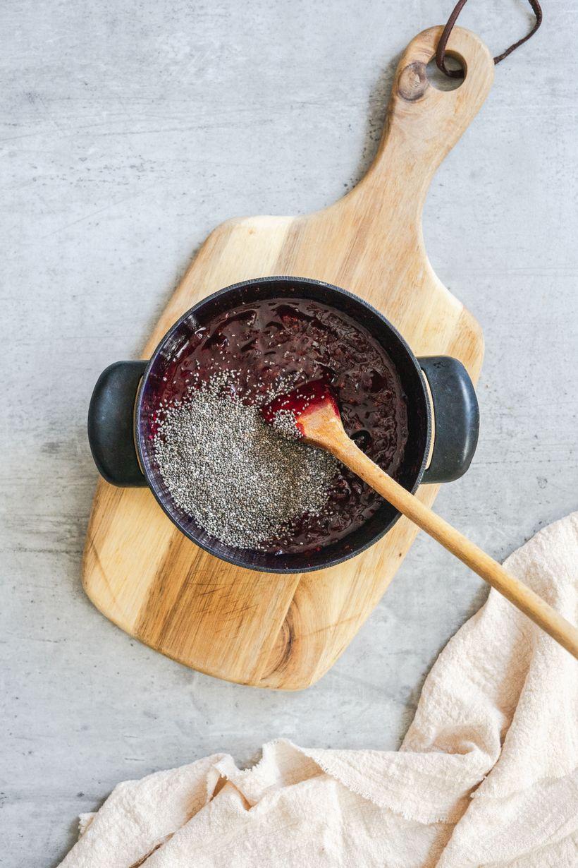 Domácí chia džem slesním ovocem aza pár minut