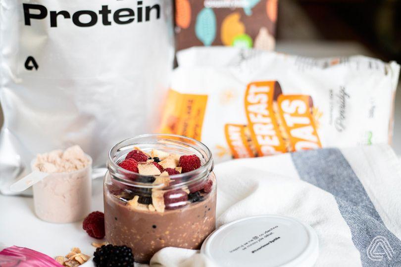 Svačiny s vysokým obsahem bílkovin: Protein Overnight Oats s čokoládovou příchutí