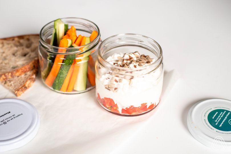 Svačiny s vysokým obsahem bílkovin: Cottage pohár naslano