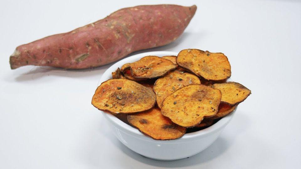 Batátové chipsy potěší všechny milovníky slaných dobrot