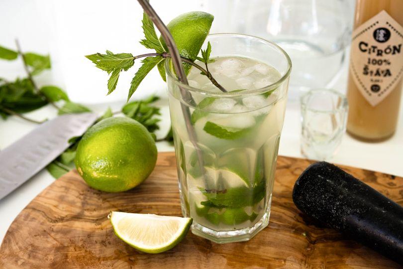 Osvěžující nealko drink na způsob Mojita