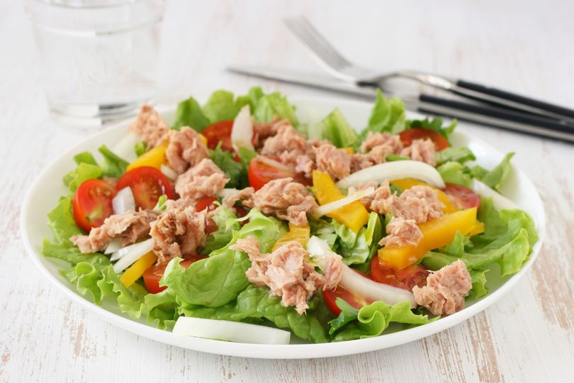 Letní tuňákový salát - FIT recepty
