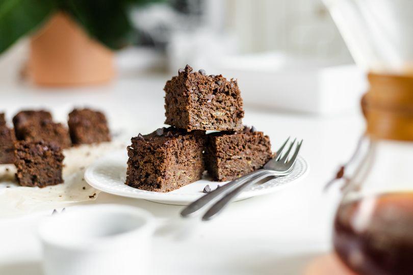 Šťavnaté cuketové brownies, které ušetří kalorie zato znásobí chuť