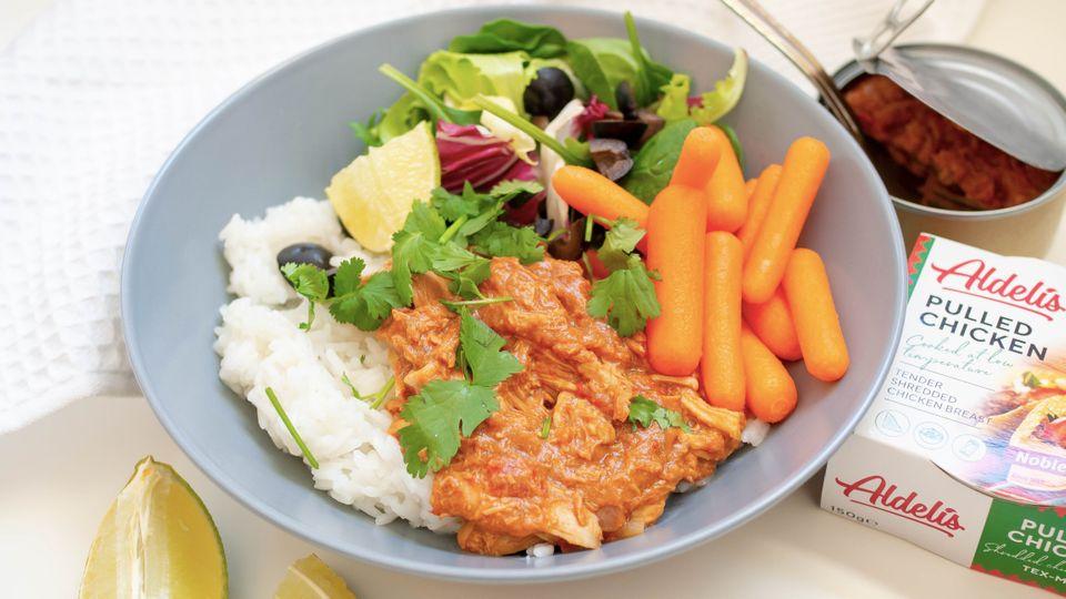 Trhané kuře s rýží a baby mrkví, které máte za pár minut na stole