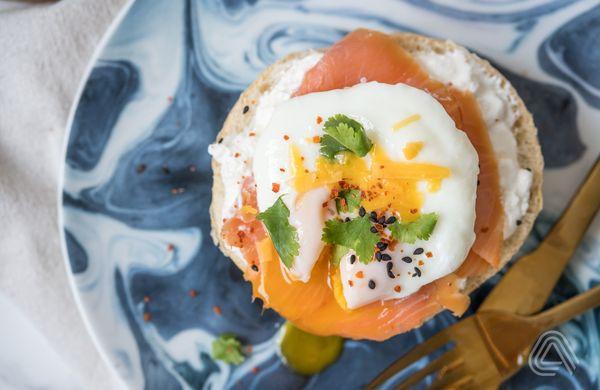 Originální vajíčková snídaně: Ztracené vejce z mikrovlnky, které je za minutu hotové