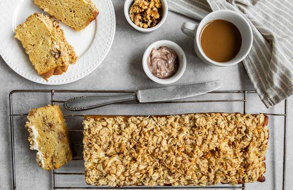 Snídaně na celý víkend: Vláčný kávovo-banánový chlebíček